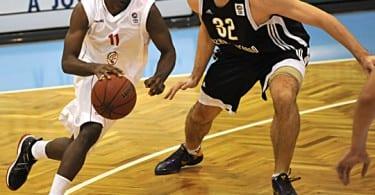 Szolnok  Novgorod férfi kosárlabda mérközés