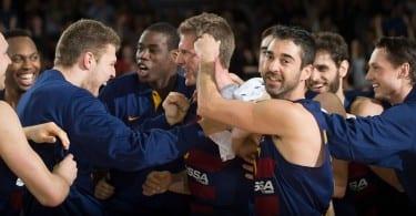 justin-doellman-fc-barcelona-lassa-celebrates-eb15