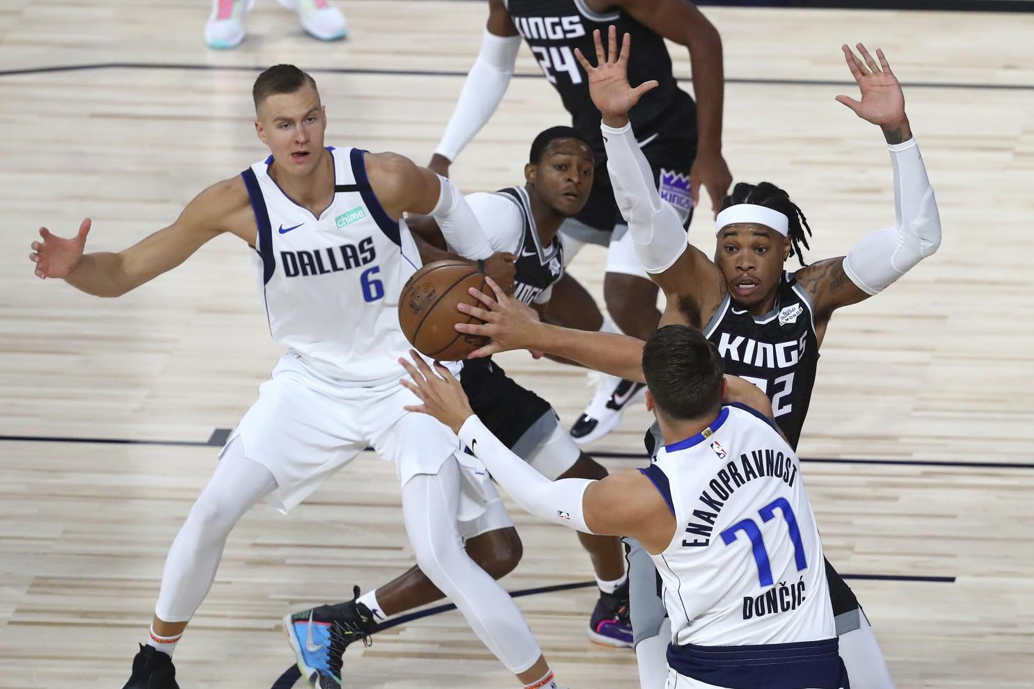 Luka Doncic hace historia y da triunfo a Mavericks
