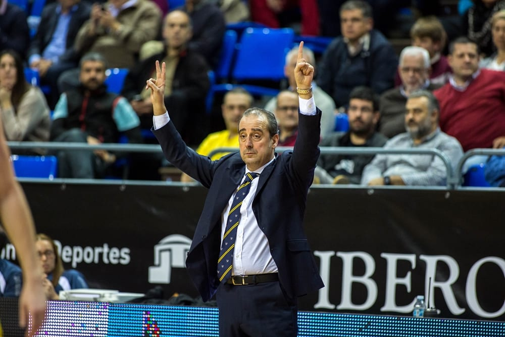 Txus Vidorreta (Entrenador Iberostar Tenerife) Foto: BCL