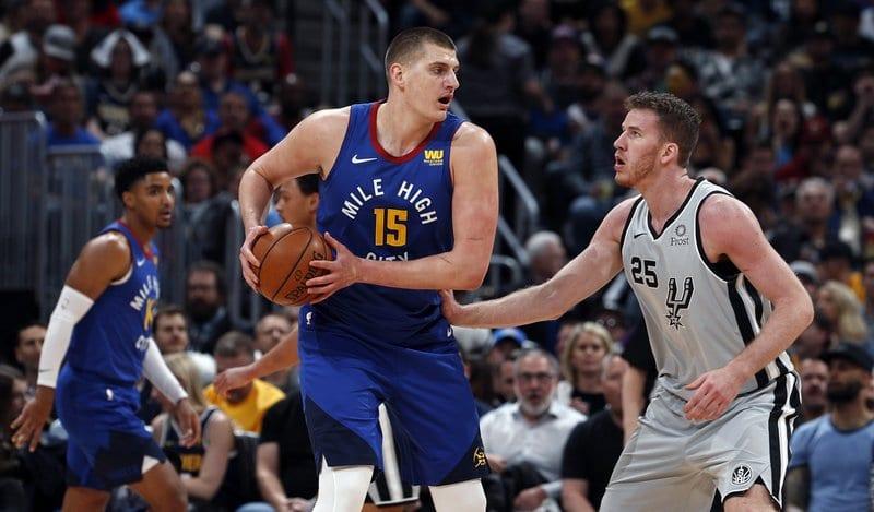 Murray dio ventaja a Nuggets sobre los Spurs